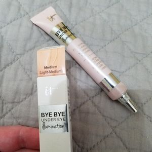 Bye Bye Illuminating Waterproof Concealer Sealed!